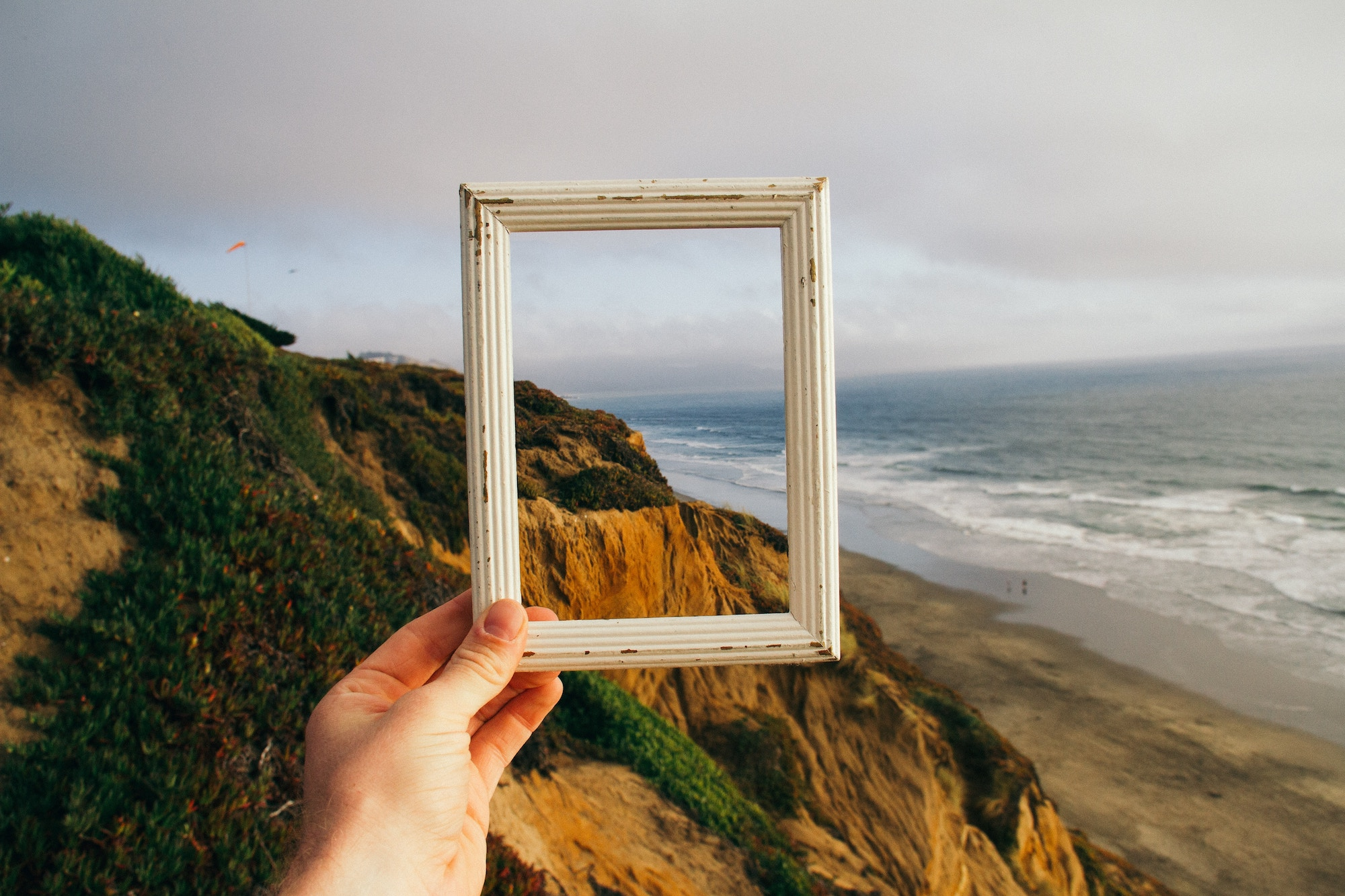 Find the right frame, for a picture-perfect conversation